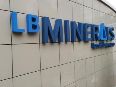 3D nápis LB MINERALS