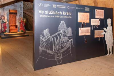 Velhartice vystava ve sluzbach lucemburku 2016-2017 01
