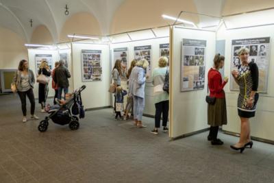 Výstava Plzeňská filharmonie 100 v mázhausu plzeňské radnice